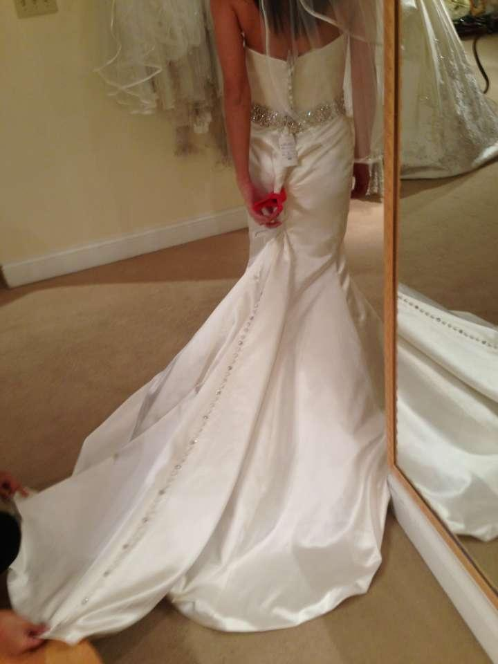 Wedding dresses justin alexander prices for Wedding dresses images and prices