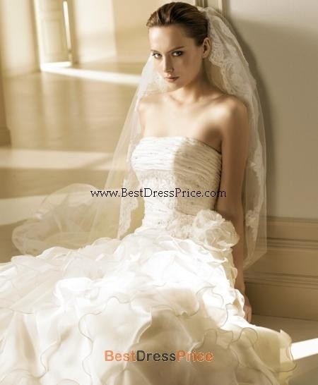 Le spose di gio la sposa maika wedding dress tradesy for Di gio wedding dress prices