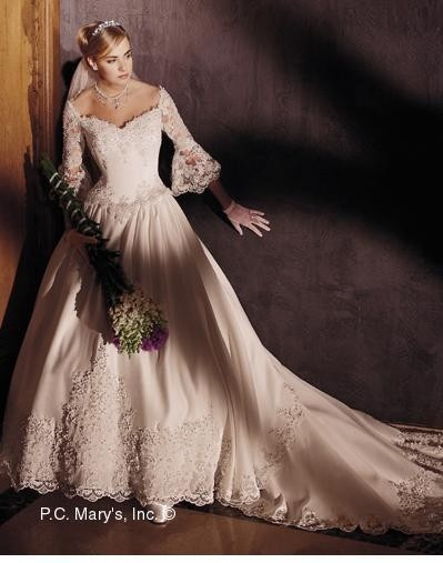 Pc mary 39 s bridal wedding dress tradesy weddings for Pc mary s wedding dress