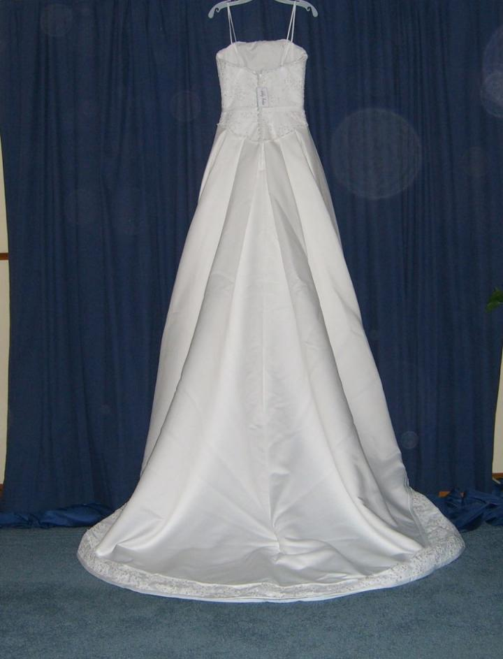 ashley jordan v293 wedding dress tradesy weddings