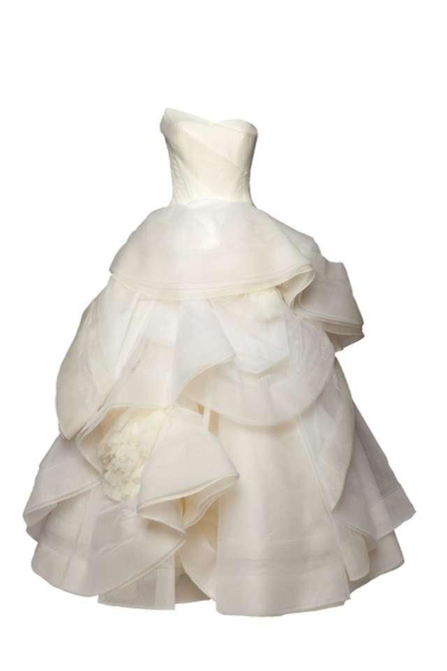 Vera wang katherine wedding dress tradesy weddings for Average price of vera wang wedding dress