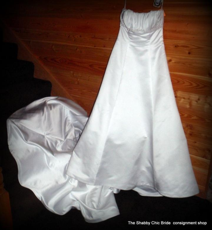 Shabby Chic Bride Consignment Shop Wedding Dress Tradesy Weddings