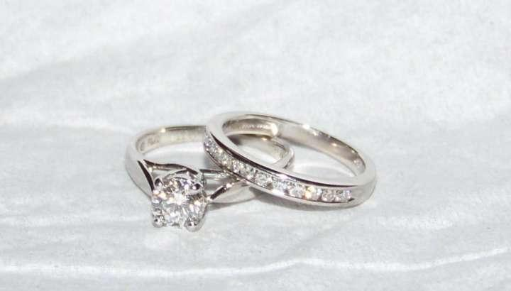 Bridal sets jewelry financing wedding rings bridal sets for Do jewelry stores finance engagement rings