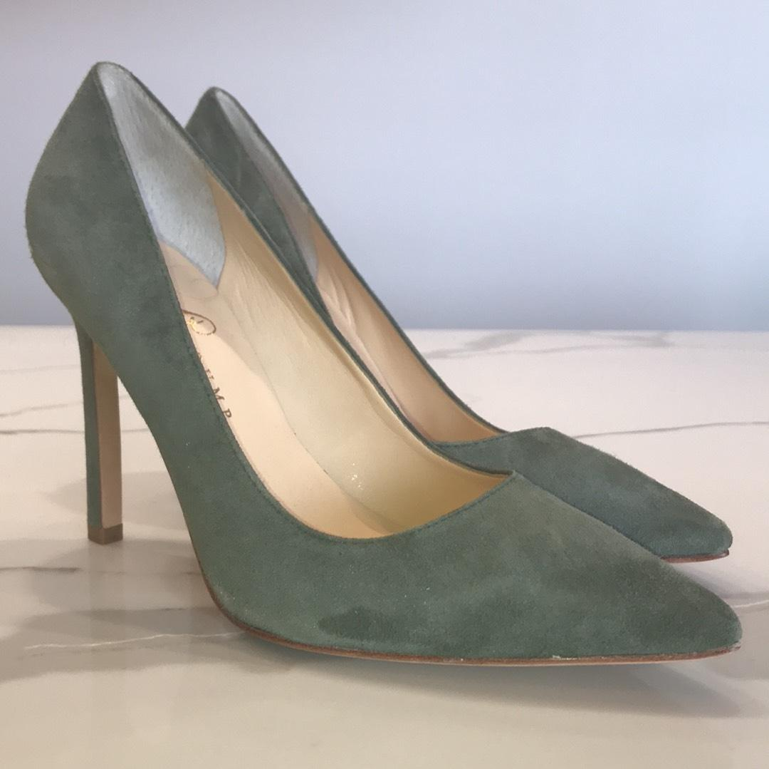 Ivanka Trump Olive green Pumps ...