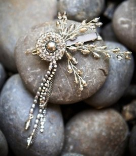 Bhldn Gatsby Daisy Wedding Hair Clip