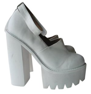 Jeffrey Campbell Scully white Boots