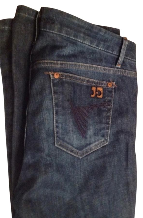 Joes jeans size 30 waist Lenght 31. Color is a nice darker blue than what the picture shows
