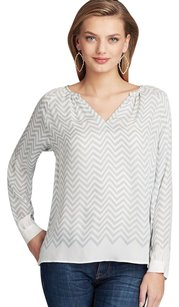 Joie Agnella Light Ivory Chevron Print Silk Long Sleeve Shirt Top Gray