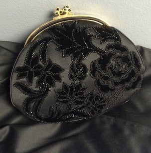 Judith Leiber Silk Beaded Evening W Mirror Change Saks B3387 Black Clutch