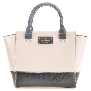 Kate Spade Satchel in Cream Pebble and Black