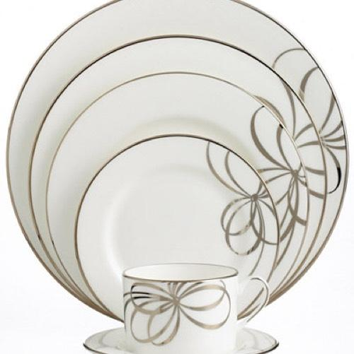 12  sc 1 st  Tradesy & Kate Spade White and Silver Belle Boulevard Dinnerware 5-piece Plate ...