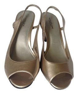 Kenneth Cole Gold Pumps