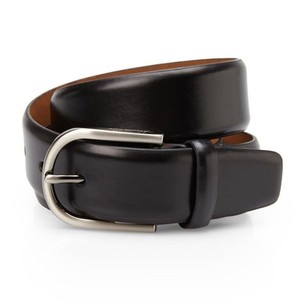 Kenneth Cole Reaction leather belt.