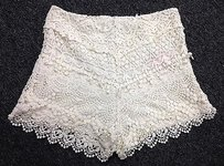 Kimchi Blue Crochet Over Polyester Lining Side Zip 1642a Shorts Ivory