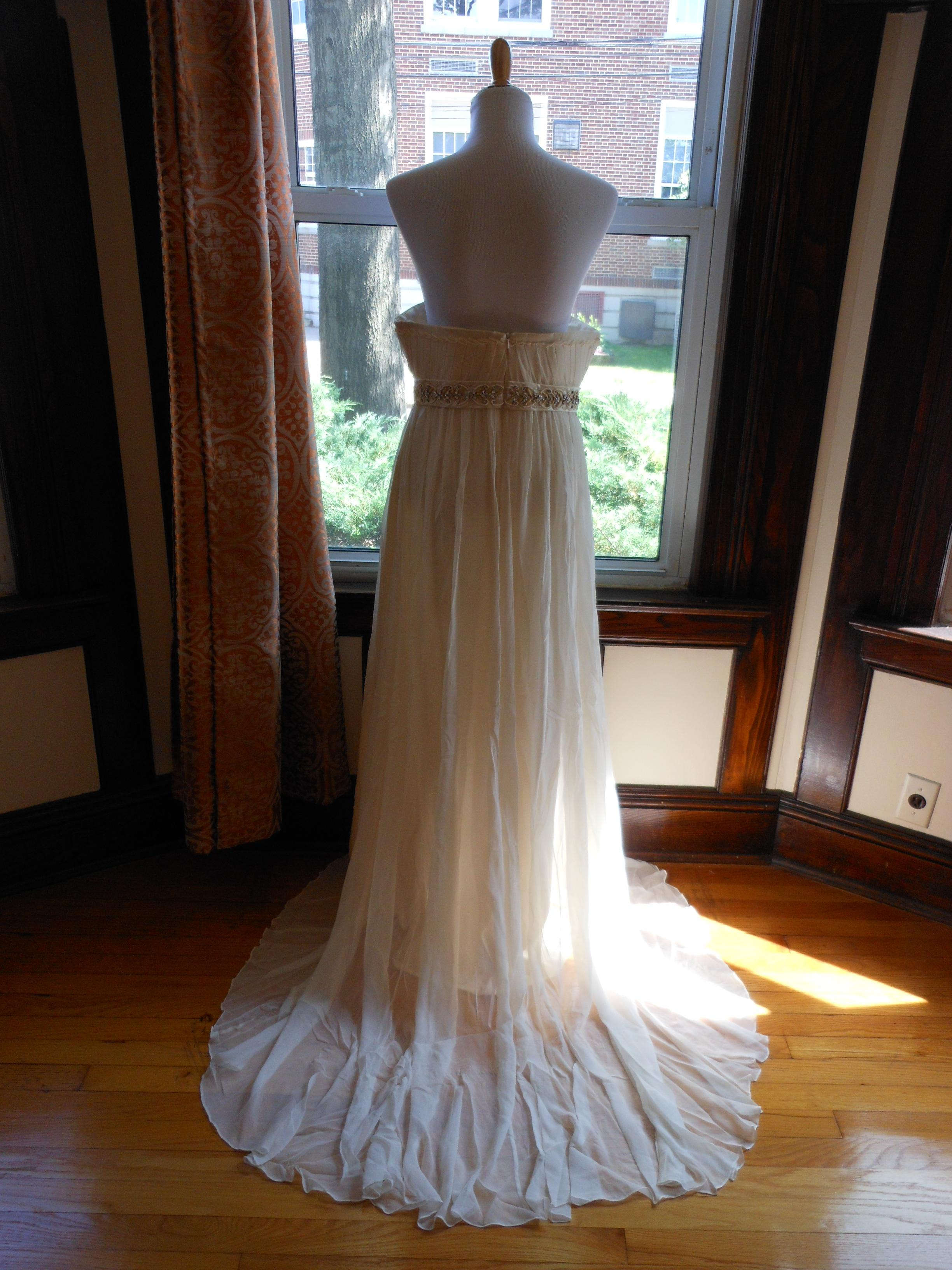 Kirstie Kelly Ivory Silk Sample Destination Wedding Dress
