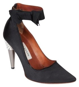 Lanvin Womens Satin Black Pumps