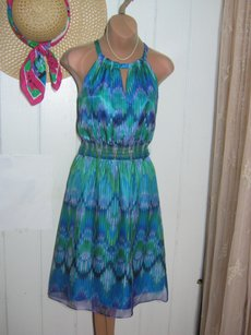 Laundry by Shelli Segal short dress BLUE PRINT Pretty Color Feminine Elastic In Waist Priced To Sell Fast Shipping on Tradesy