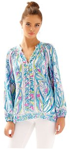 Lilly Pulitzer Top Long Story