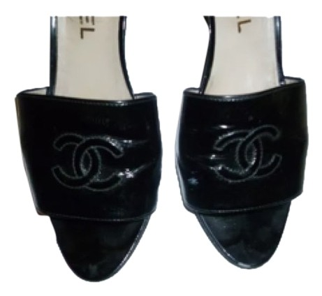 Listing is for 1 pair beautiful elegant authentic Black Patent Chanel High Heels shoes.  These are pre-own. The shoes are worn but still in walking condition. They have a heels  3 1/2