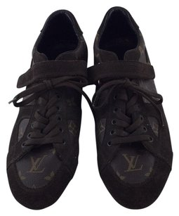 Louis Vuitton Athletic