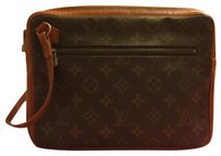 Louis Vuitton Brwonn Clutch