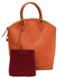 Louis Vuitton Leather Handbag Shoulder Bag