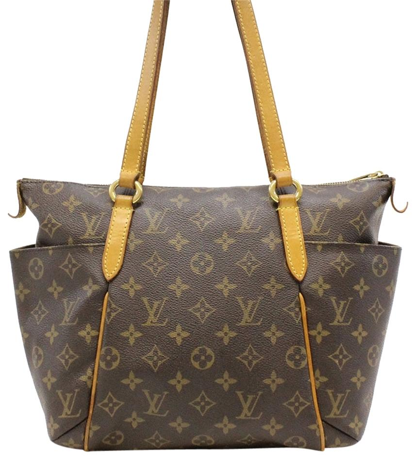 louis vuitton shoulder bags and totes