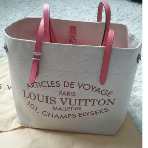Louis Vuitton Tote in Coral leather accents