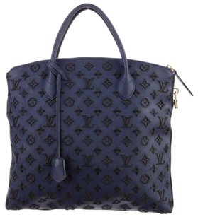 Louis Vuitton Tote in Navy