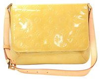Louis Vuitton Vernis Beige Shoulder Bag