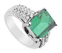 LoveBrightJewelry Frosted Emerald and Cubic Zirconia Ring 4.75 Carat Total Gem Weight
