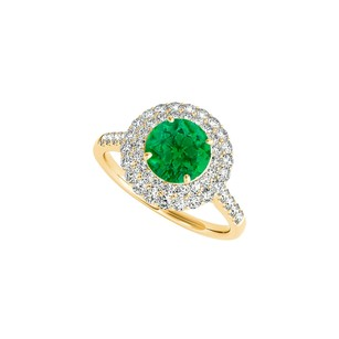 LoveBrightJewelry Halo Engagement Ring With Emerald Cz 1.50 Ct Tgw
