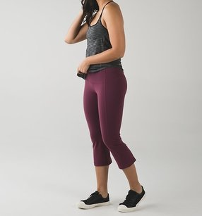 Lululemon GATHER & CROW CROP II BORDEAUX DRAMA BRDR SZ 10 NWT