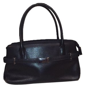 M London Satchel in Black