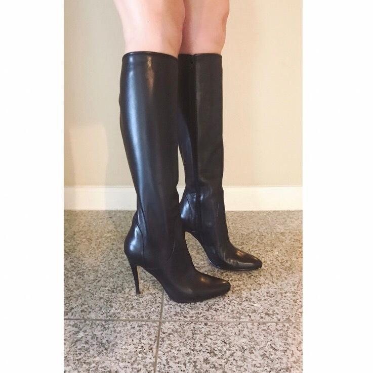 Manolo Blahnik Black Hanzoutal Tall Leather Boots/Booties ...