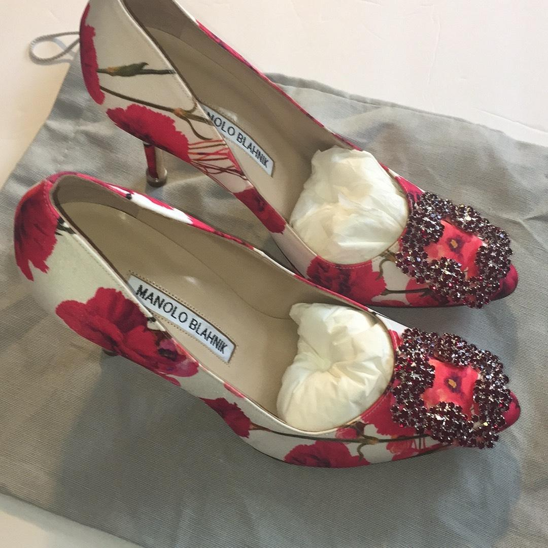 feeec082ff8 Manolo Blahnik Red Sold Out Out Out Hangisi Crystal-toe Floral Print ...