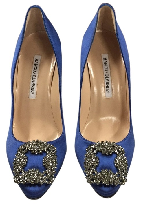 Manolo Blahnik Royal Blue Pumps Size US 7 Regular (M, B)