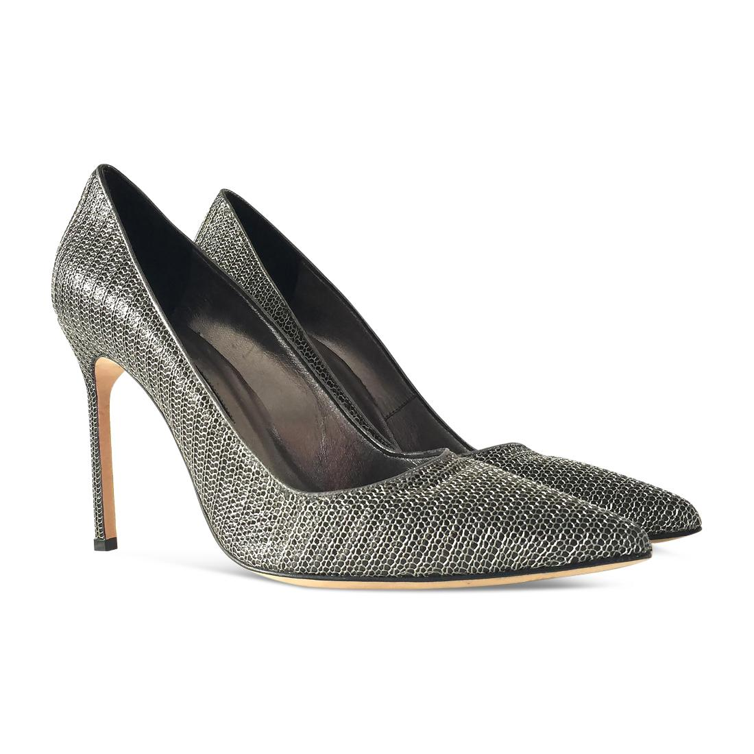 for sale official site Manolo Blahnik Snakeskin-Trimmed Pumps view cheap online outlet great deals 4Z5ae33WQS