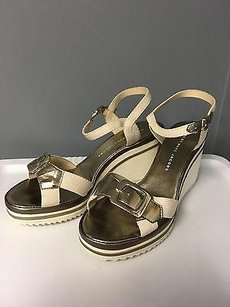 Marc by Marc Jacobs 683624 Cream Gold Leather Wedge Sandal W Buckle Multi-Color Platforms