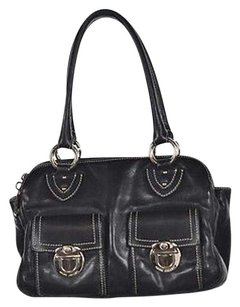 Marc Jacobs Womens Satchel in Black