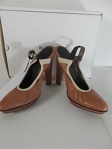 Marni Leather tan cream Pumps