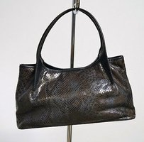 Maxx New York Embossed Dark Color Baguette