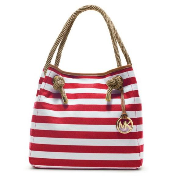 Michael Kors Beach Bags - Up to 70% off at Tradesy