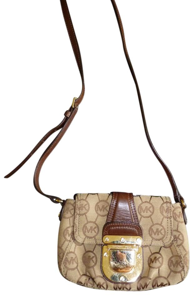 Michael Kors Signature