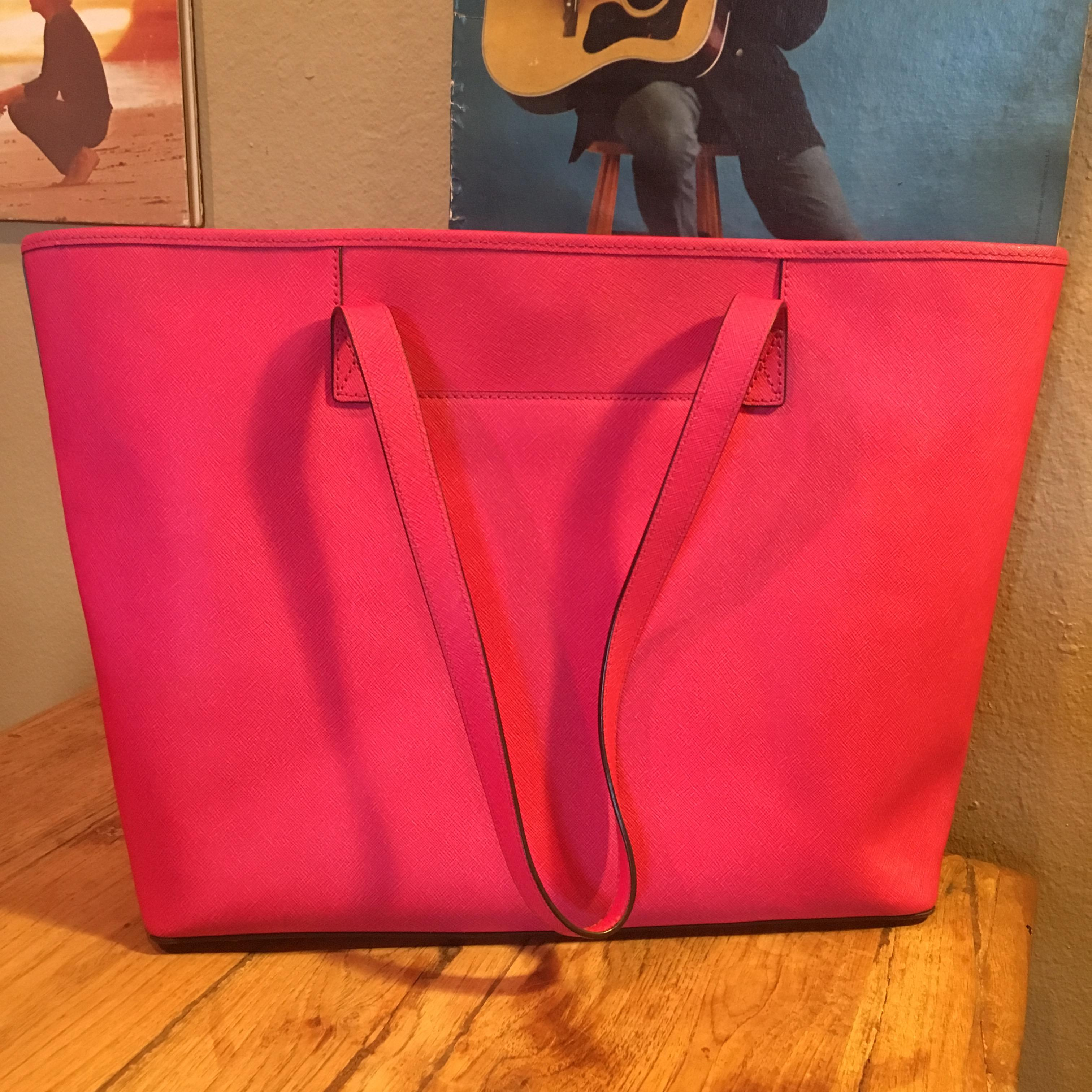0082d386fe5af8 Buy michael kors laptop tote red > OFF65% Discounted