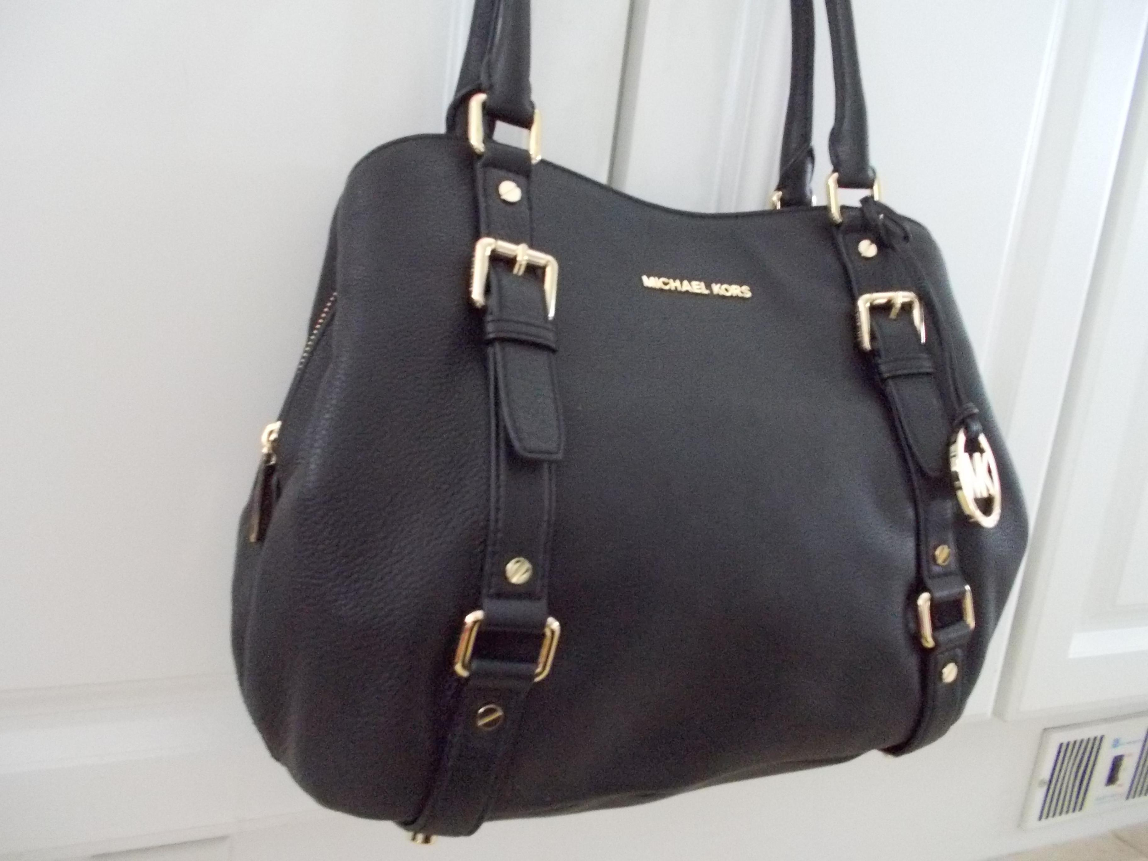 ... new zealand michael kors large bedford black leather shoulder bag  tradesy 51ea4 a1590 ... 712ddc68df633