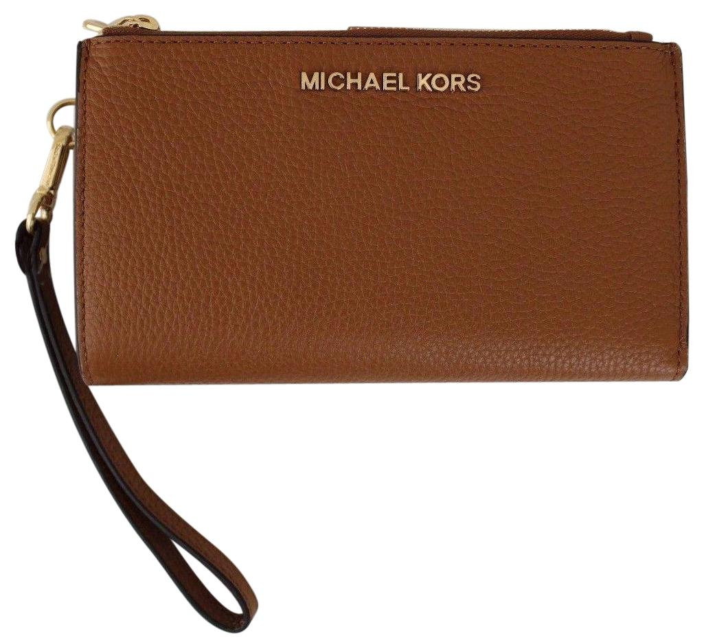 michael kors iphone wallet michael kors acorn jet set travel zip iphone 7 plus 3857