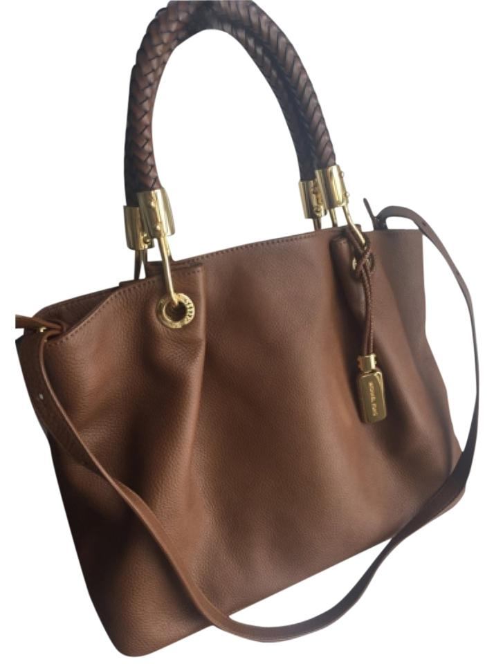 Michael Kors Scorpios Shoulder Tote