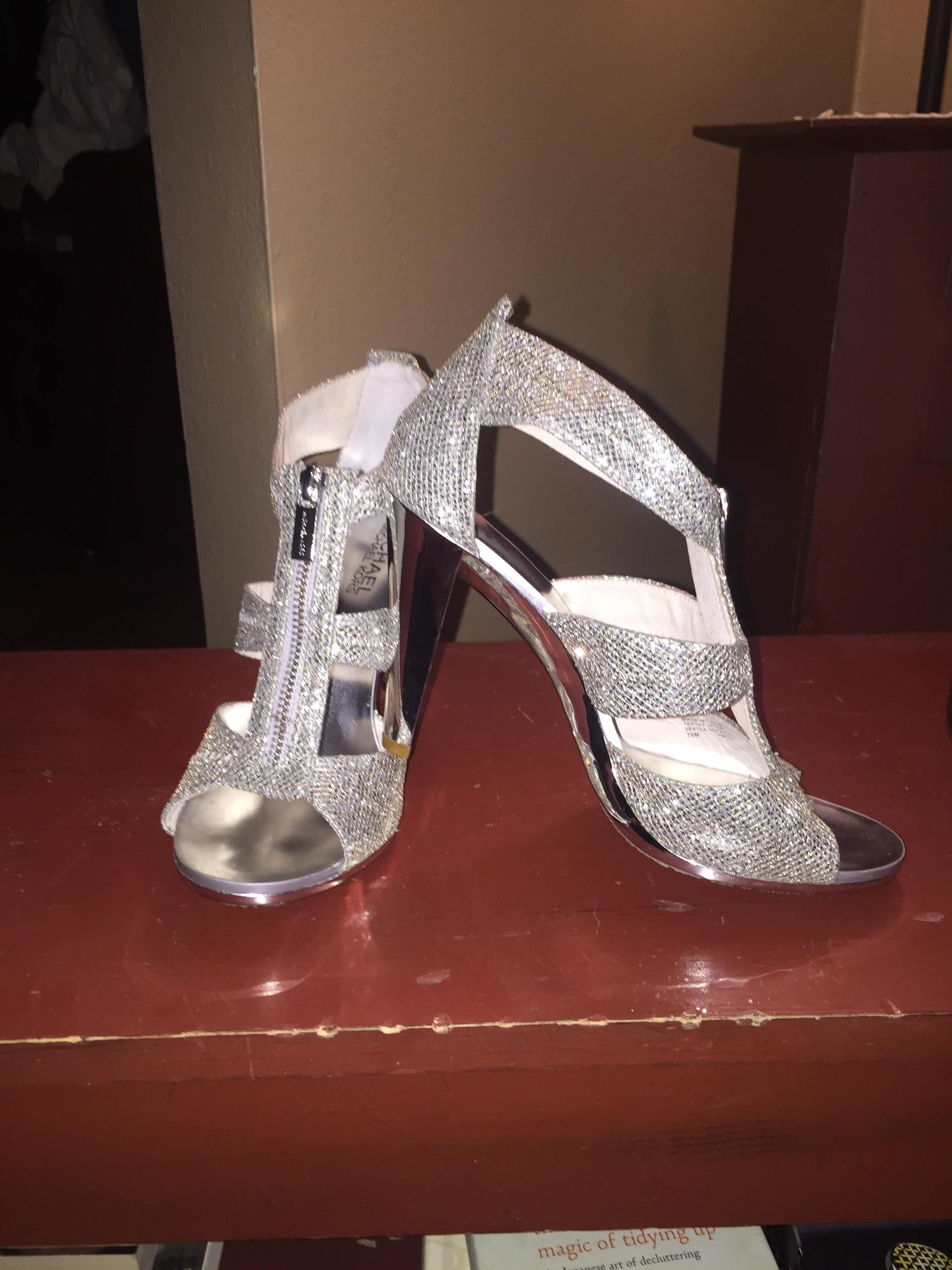 Great Michael Kors Silver Zip Berkley Pumps Size US 7.5 Regular (M, B)