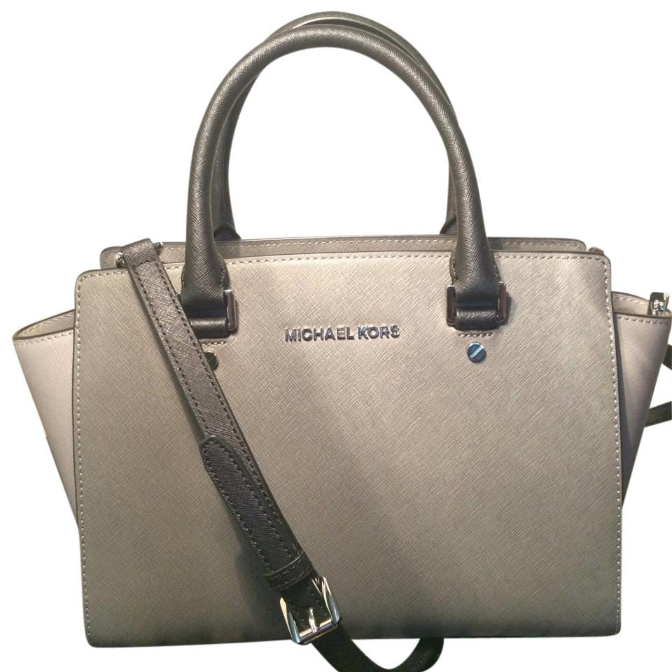 Michael Kors Handbag Grey Pewter Silver Large Satchel. Pre-Owned. $ Buy It Now +$ shipping. NWT MICHAEL KORS GRAYSON LG SATCHEL BLACK/GRAY SIGNATURE PVC LEATHER $ See more like this. Michael Kors Grey Leather Hobo Purse. Pre-Owned. $ or Best Offer +$ shipping.